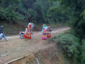 Motorbike tours to Na Khan