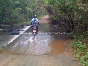 Langson motorbike tours