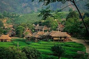 Motorbike tour_Mai_Chau - North West motorbike tours