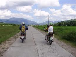 Vietnam motorcycle tours to Hoian