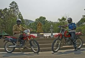 pathet motorbike tour