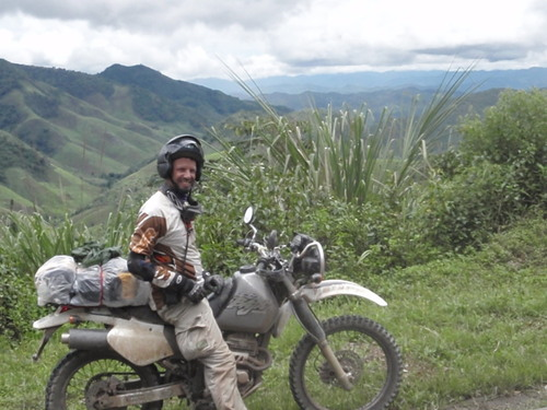phonsavan motorbike tour