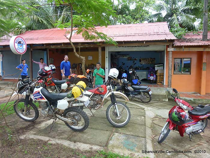 sihanoukville motorbike tour