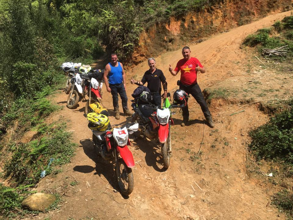 2-Day Laos motorbike tour from/to Luang Prabang