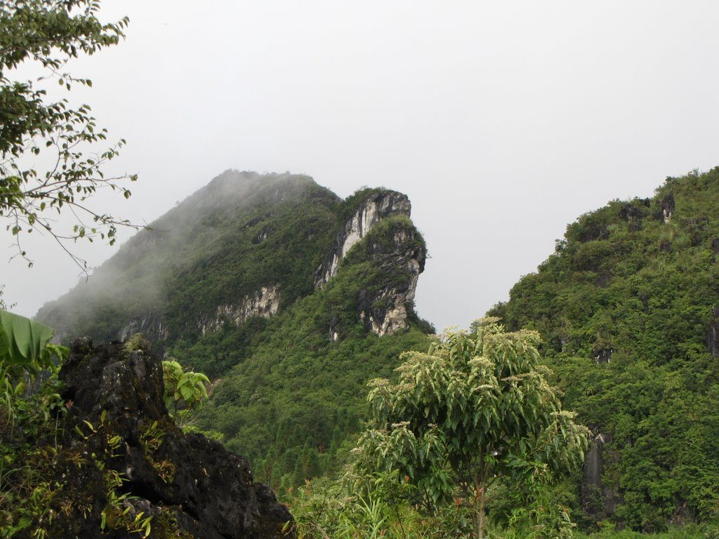 Full North-West and North-East Vietnam Motorbike Tours