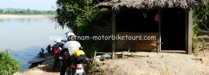 Short North-centre Vietnam motorbike tour to Ha Giang