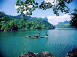 Thac Ba Lakeside
