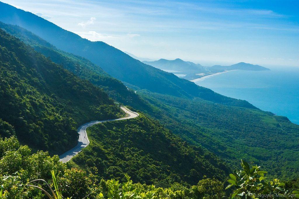 Hoian motorcycle tour to Hai Van Pass