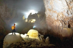 Tien Son Cave 1 300x199 - SPECTACULAR TIEN SON CAVE