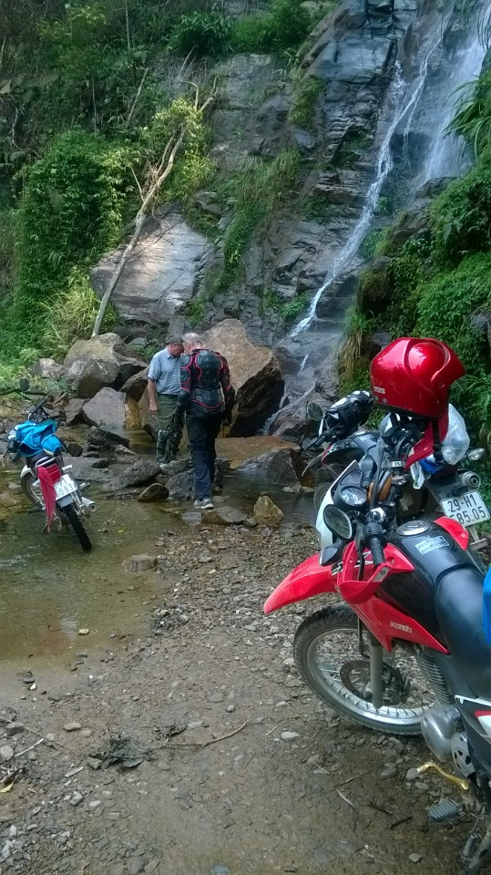 Best North Vietnam Motorbike Tour – 11 Days