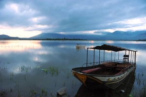 Lak Lake motorbike tours towards Da Lat