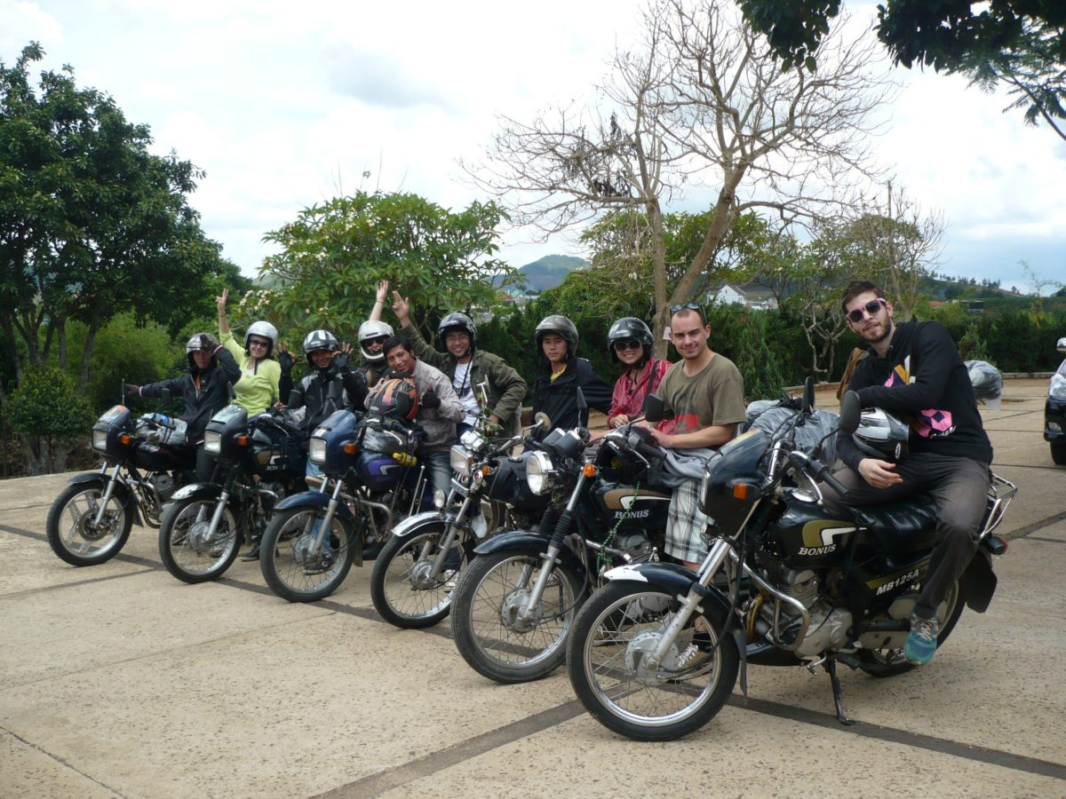 GRAND VIETNAM MOTORBIKE TOUR FROM NORTH TO SOUTH – 18 DAYS