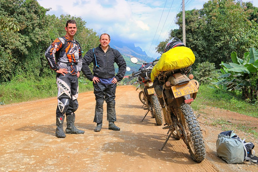 DELICATE HANOI MOTORCYCLE TOUR TO CUC PHUONG, HOA LU AND TAM COC – 2 DAYS