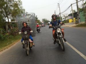 Hoian motorbike tours to Prao
