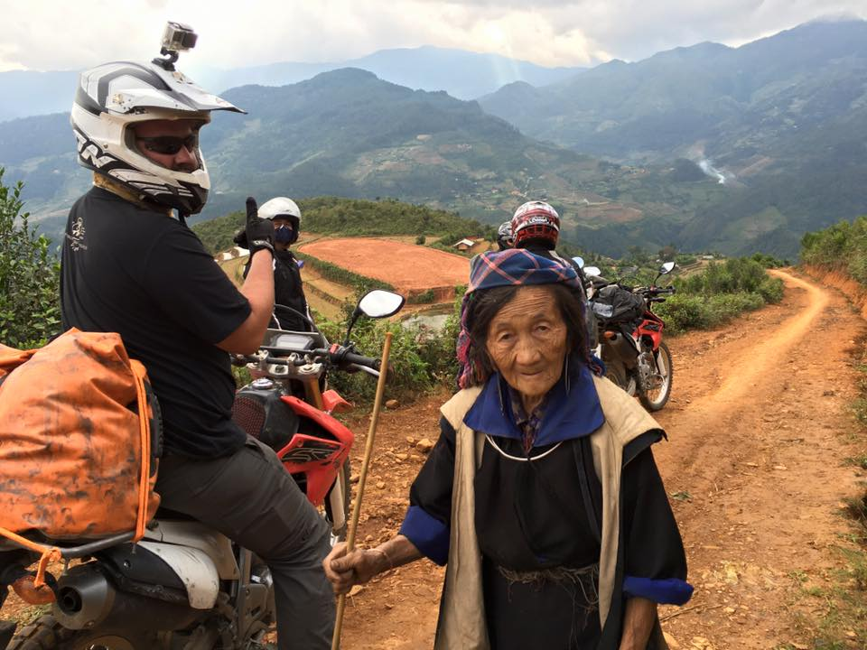 NORTHWEST VIETNAM MOTORBIKE TOUR FROM HANOI TO MAI CHAU AND SAPA-6 DAYS