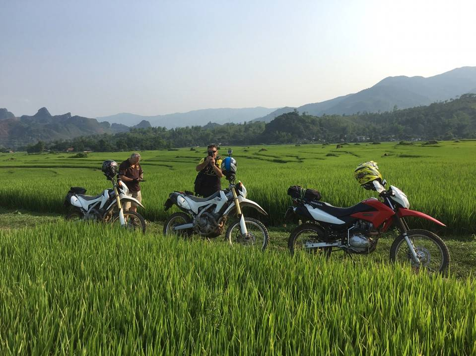 STUNNING NORTH VIETNAM MOTORBIKE TOUR TO PU LUONG NATURE RESERVE AND MU CANG CHAI