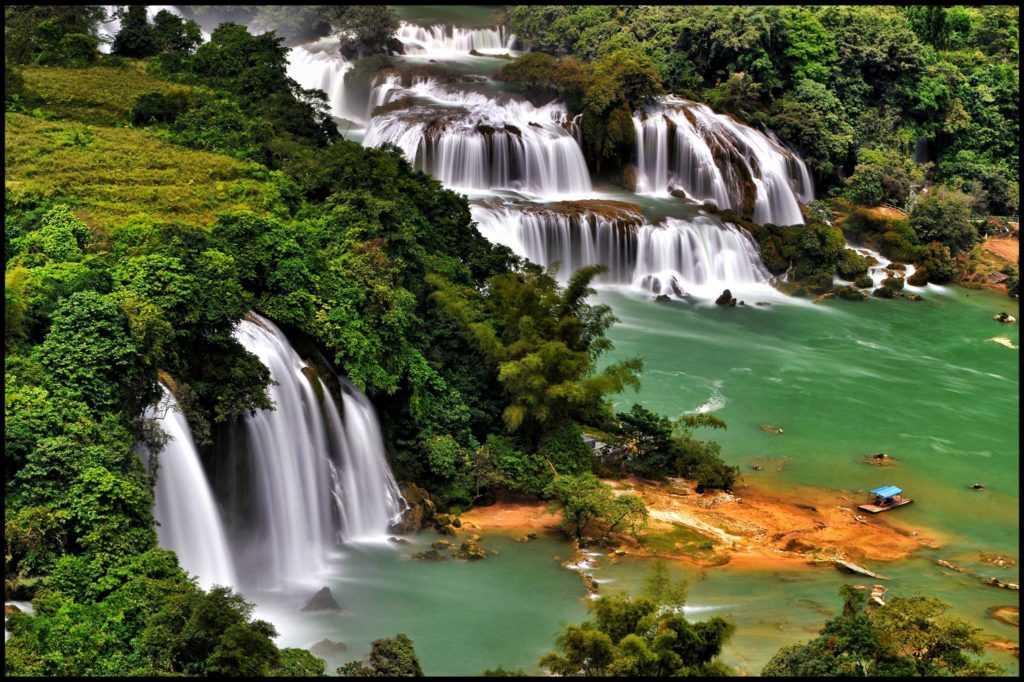 Ban Gioc Water Falls