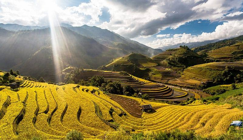 Sapa - TOP 6 ADVENTURE DESTINATIONS IN VIETNAM